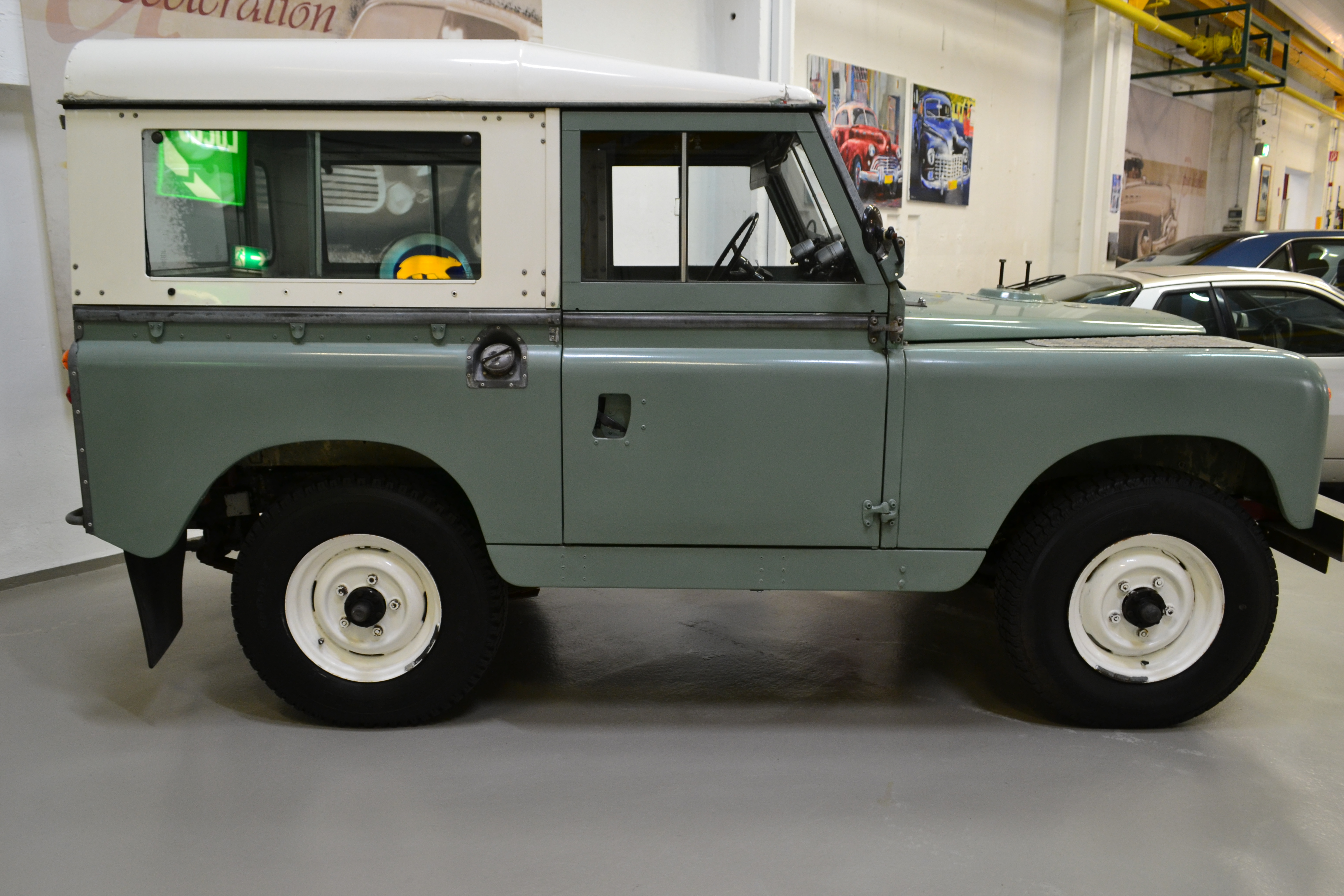 Land Rover  88 Serie II